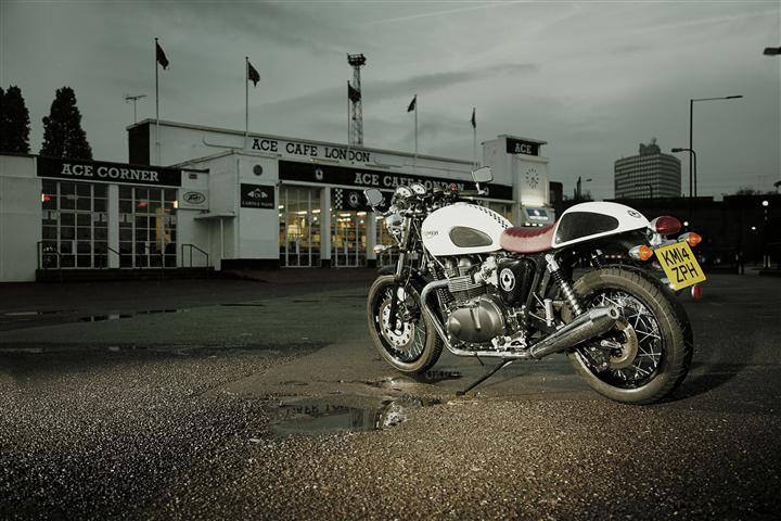 Ca y est, Triumph se met aussi au bonus euro en Suisse!
