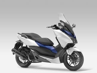 Nouveaux coloris chez Honda, prix pour le Forza 125 et la CB 125 F