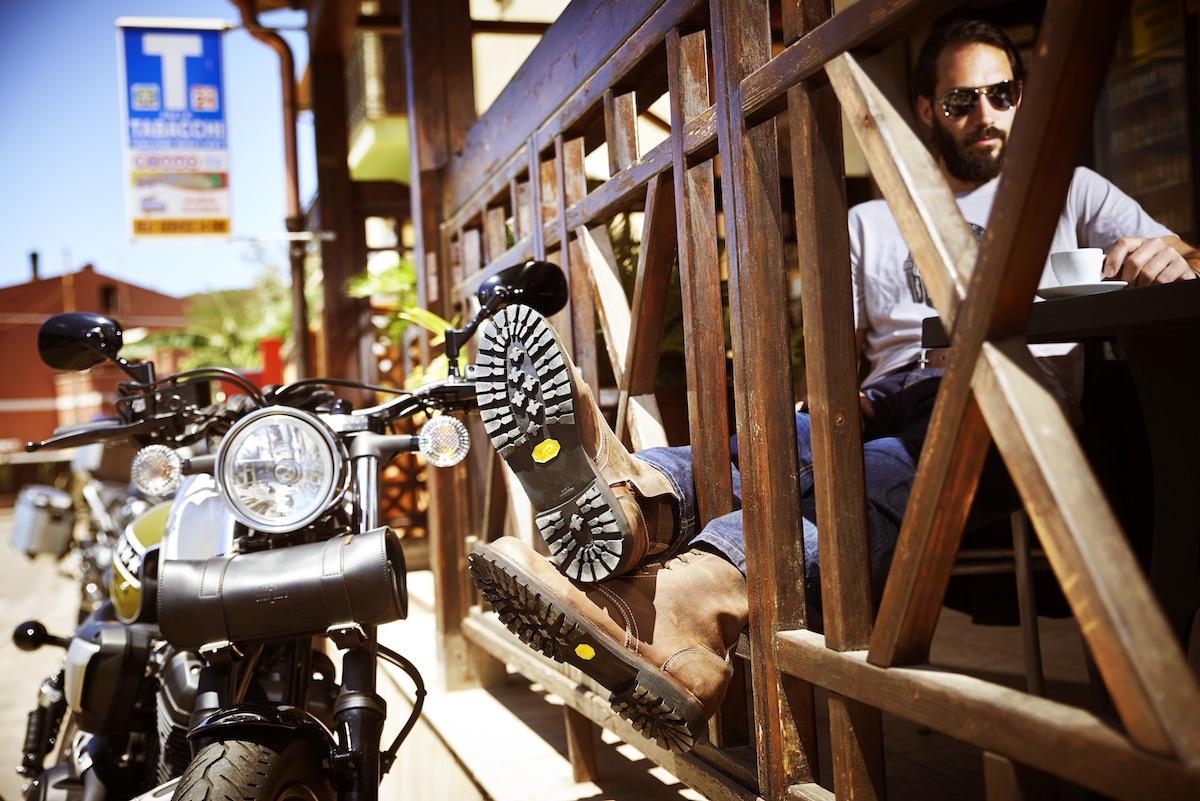 Les bottes Arcadia, idéales pour le bar et pour la moto classique.