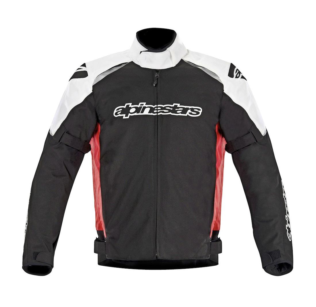 La veste Gunner est aussi disponible en noir avec un peu de blanc, en noir avec un peu de blanc et la marque en jaune fluo, ou en gris avec un peu de vert et de blanc.