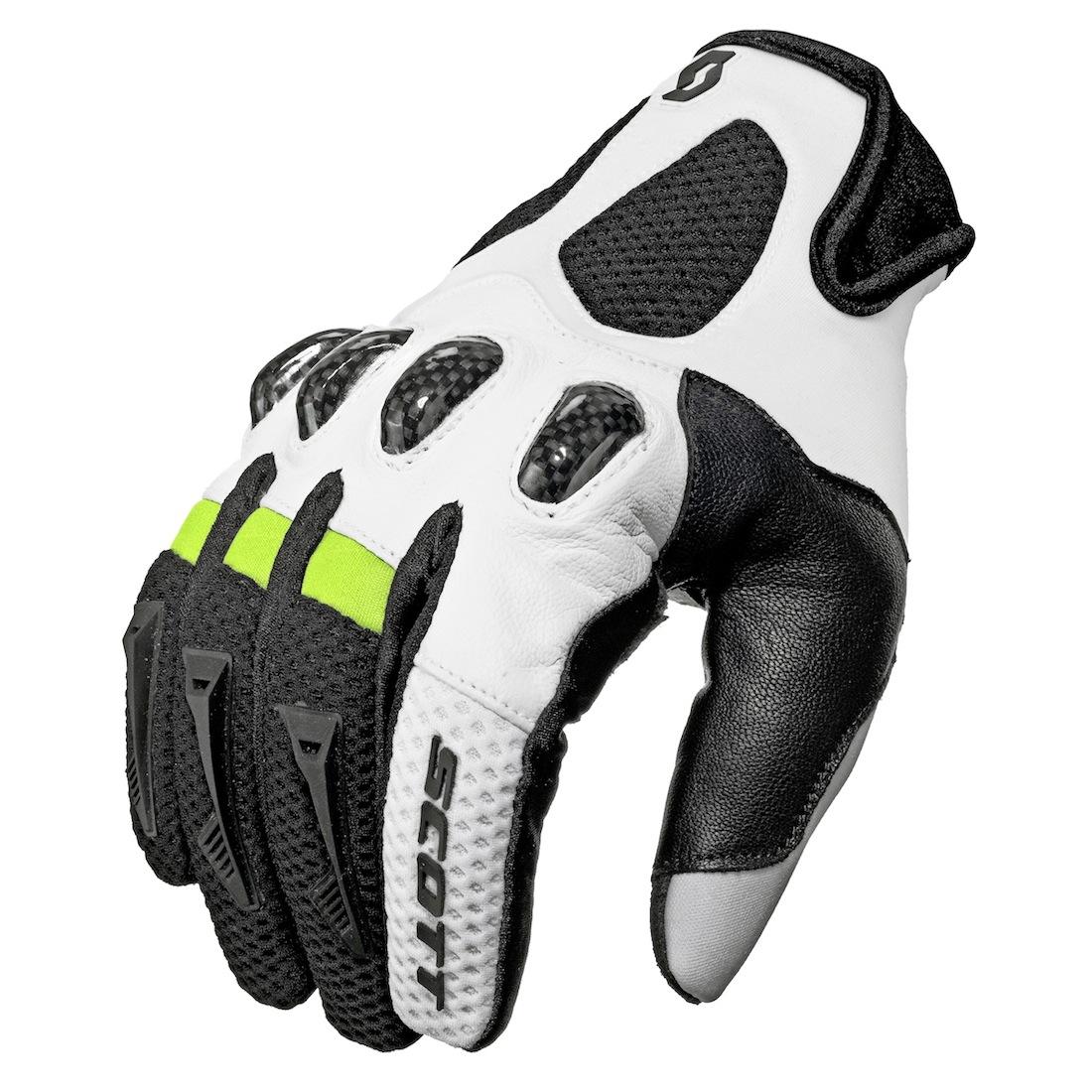 Les gants sportifs Assault, de Scott.