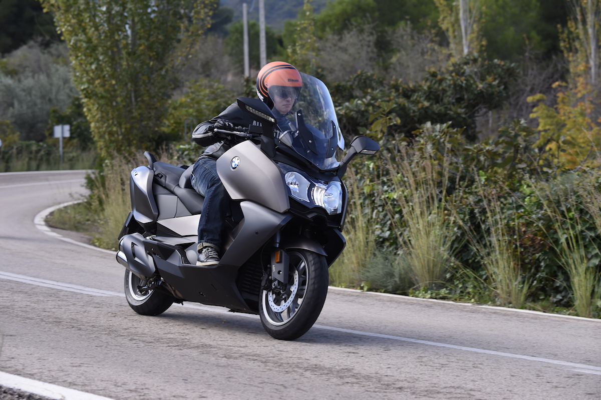 BMW_C650GT_small10