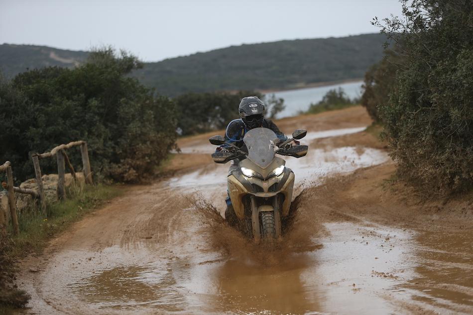 Rien de mieux que de se souiller dans la boue.