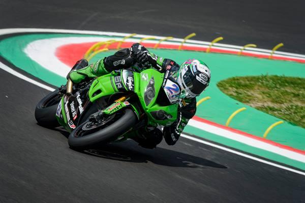 Krummenacher contraint à l'abandon dans la course Supersport à Imola