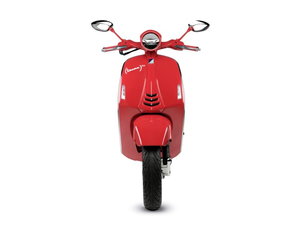 La version définitive de la Vespa RED sera présentée à L'EICMA de Milan.
