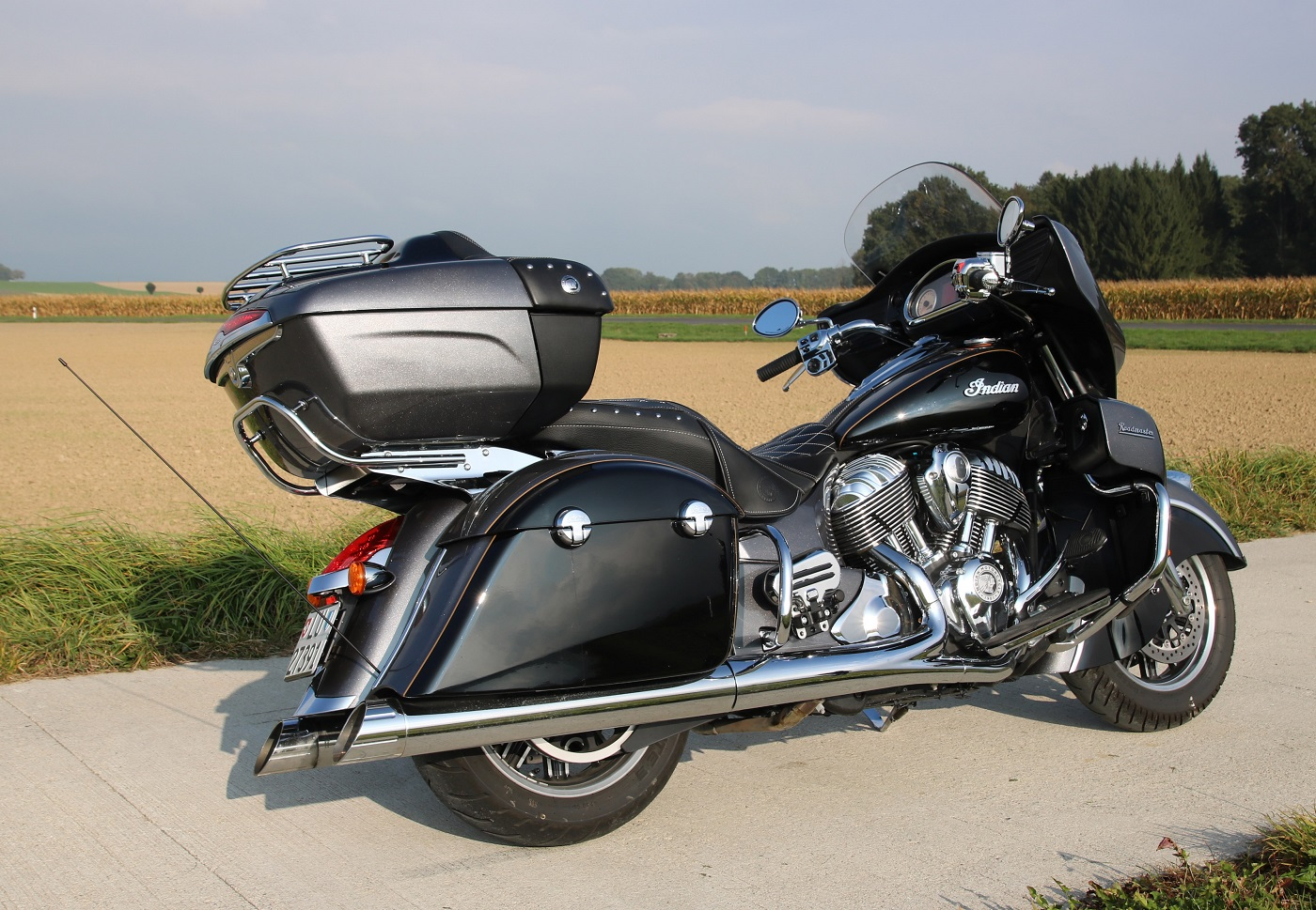 indianroadmaster_h-dultralimited_cotearr_indiansmall