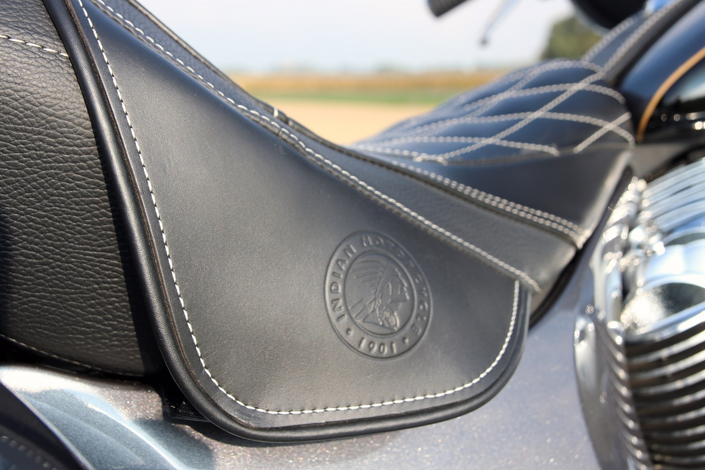 indianroadmaster_h-dultralimited_selle_indiansmall
