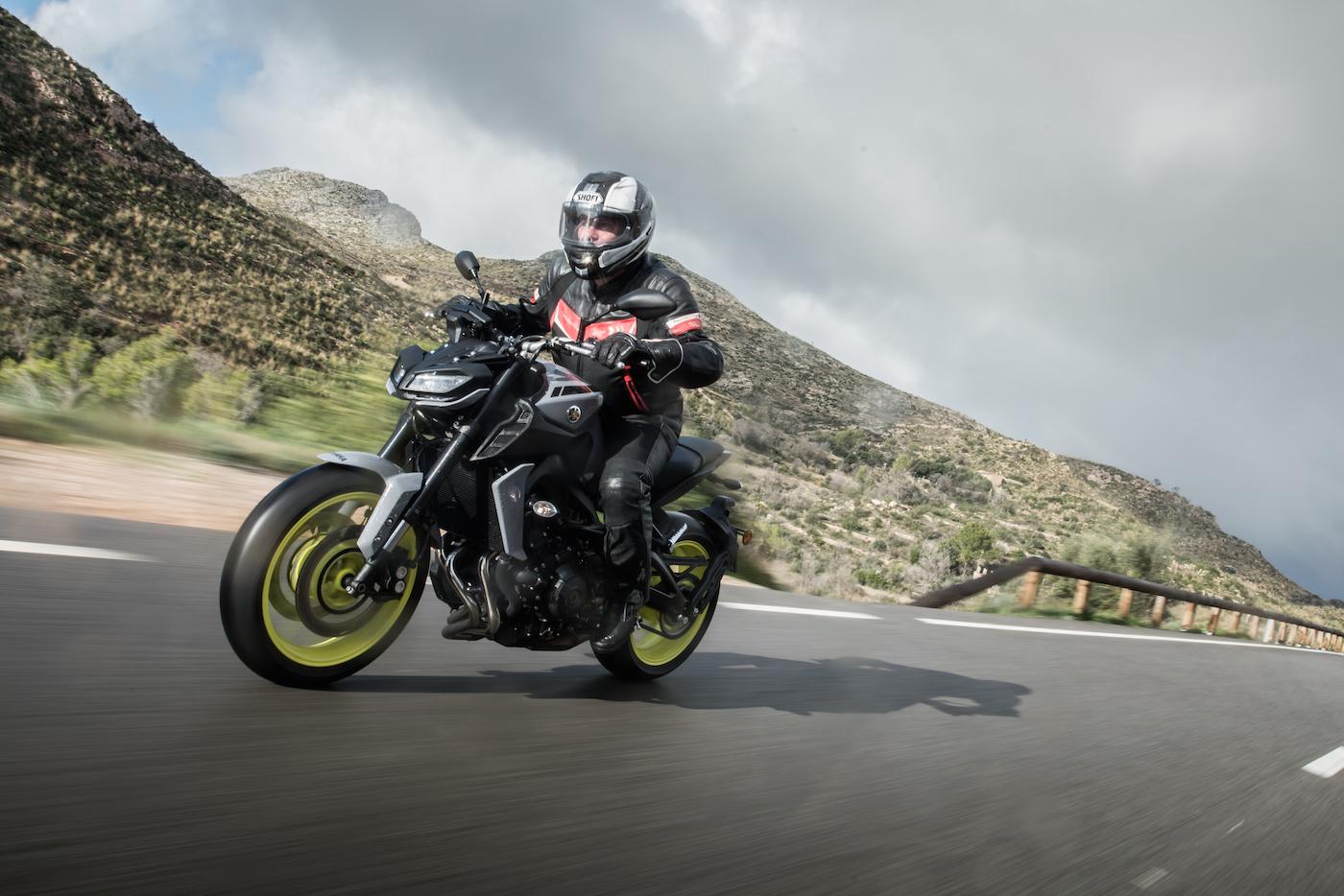 passage vitesse moto sans embrayer