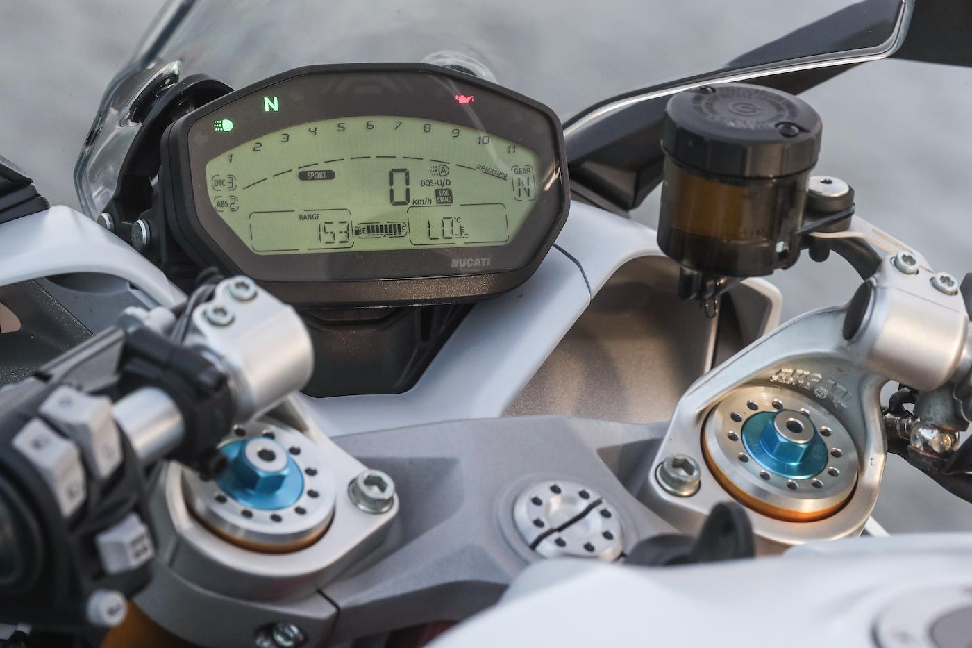 Ducati_Supersport_S_smalldet12