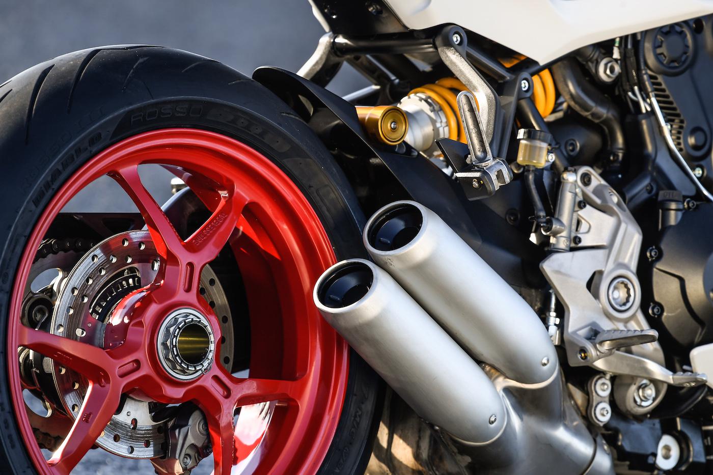 Ducati_Supersport_S_smalldet2