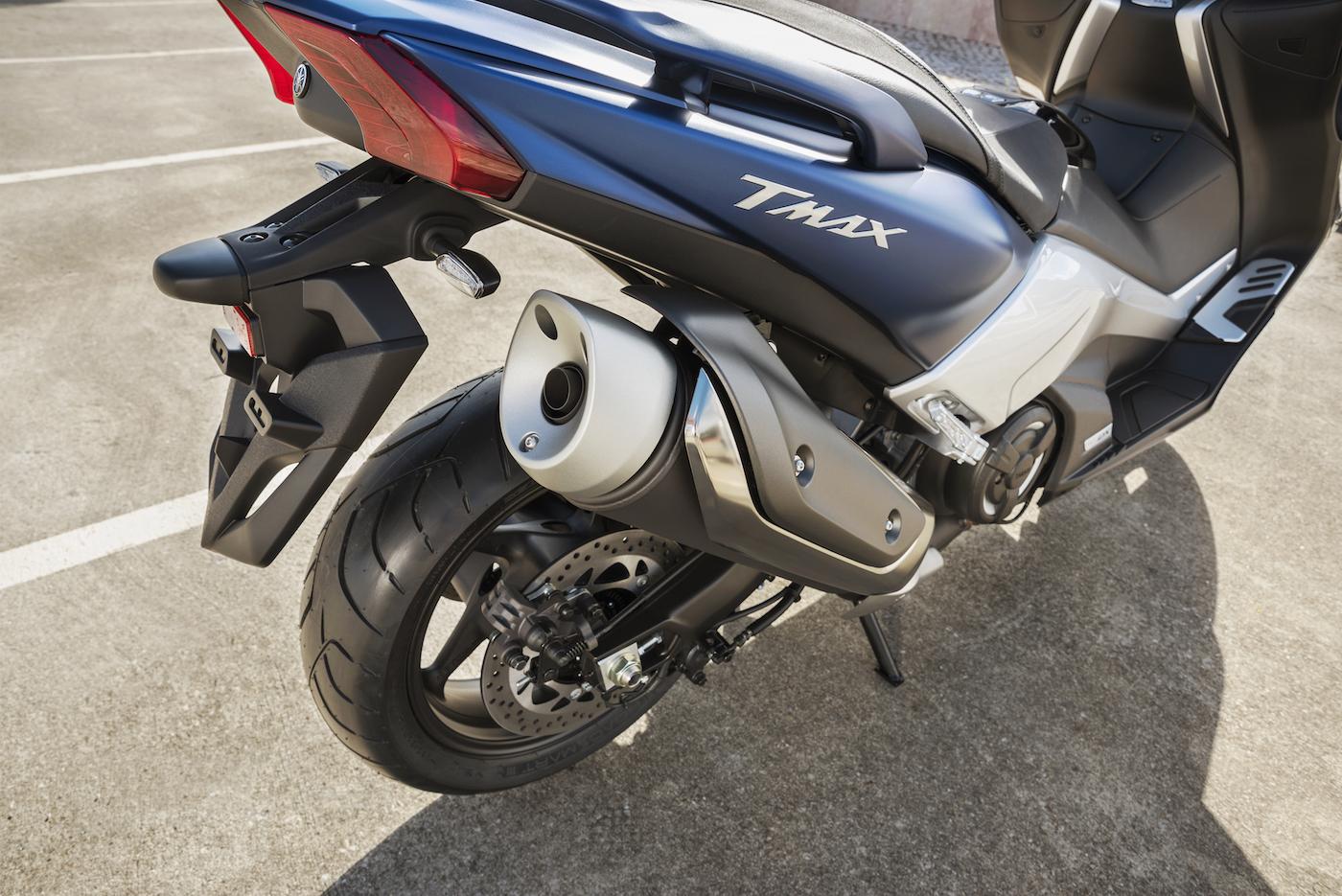 Yamaha_TMAX_DX_smallDet_15