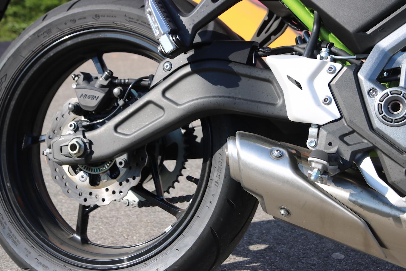 Kawasaki_Z650_dét_small1