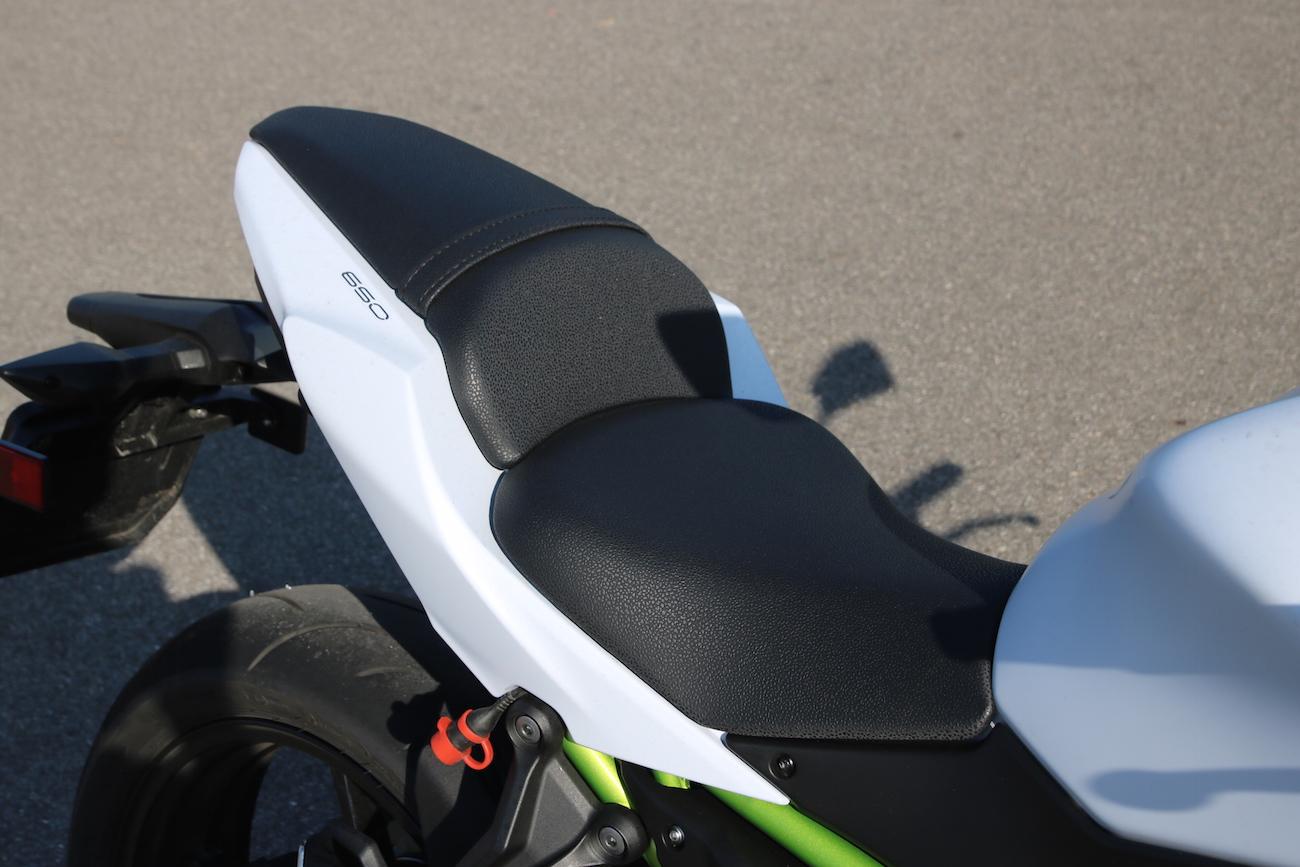 Kawasaki_Z650_dét_small13