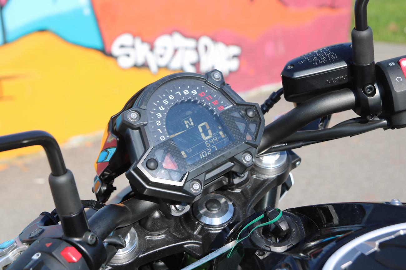 Kawasaki_Z650_dét_small4