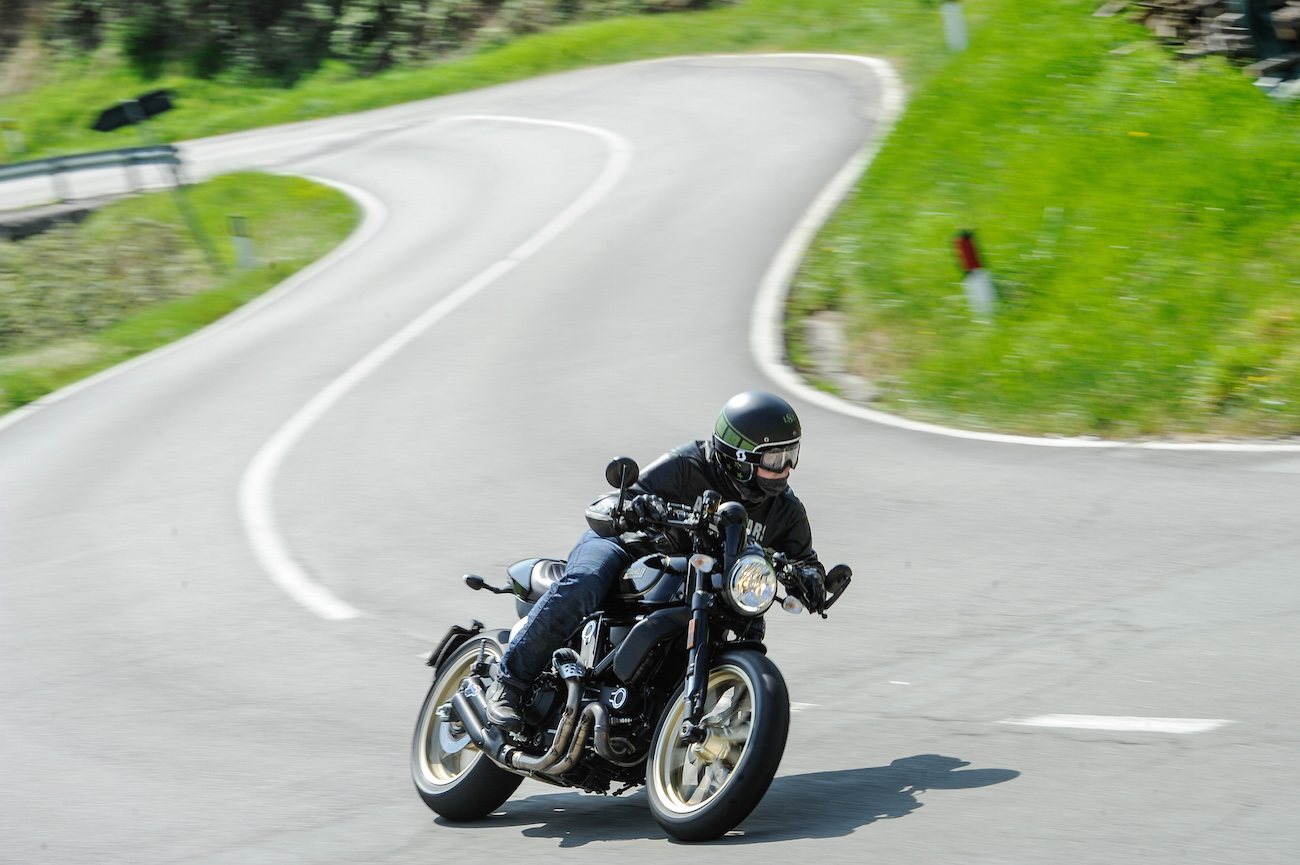 Ducati_Scrambler_CafeRacer_smallRudy_14