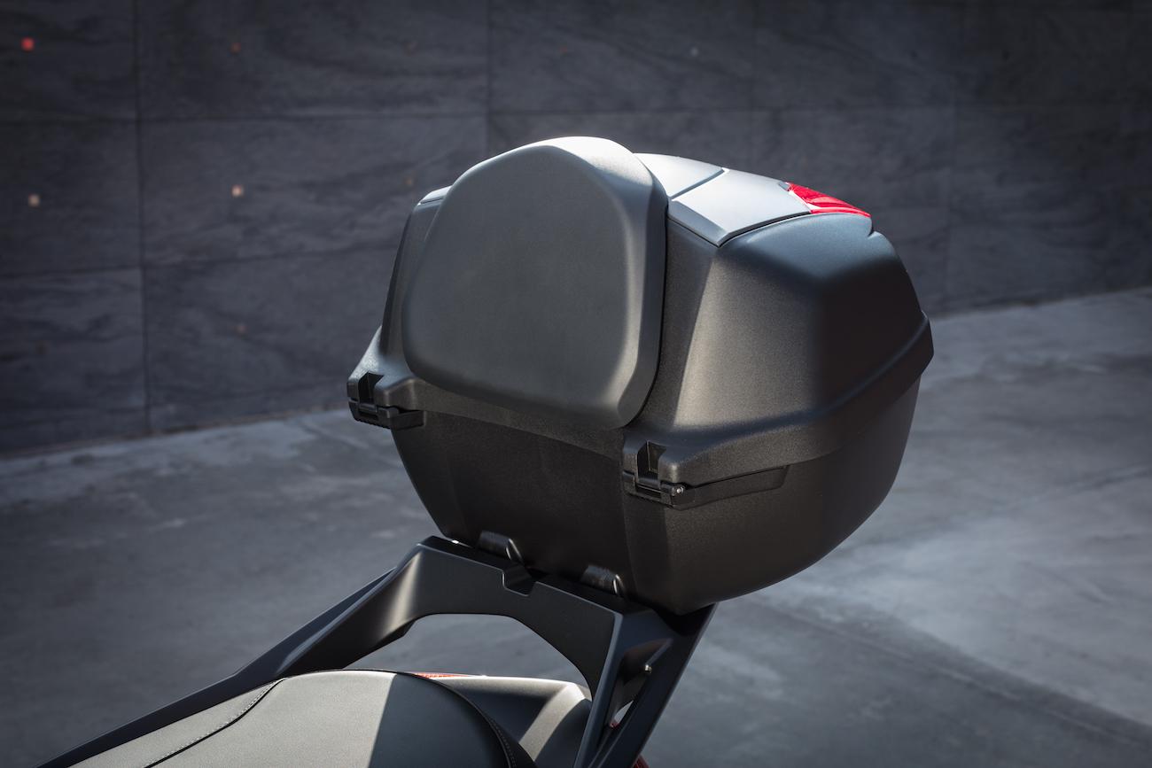 Yamaha_X-MAX300_Stat_Touringsmall2