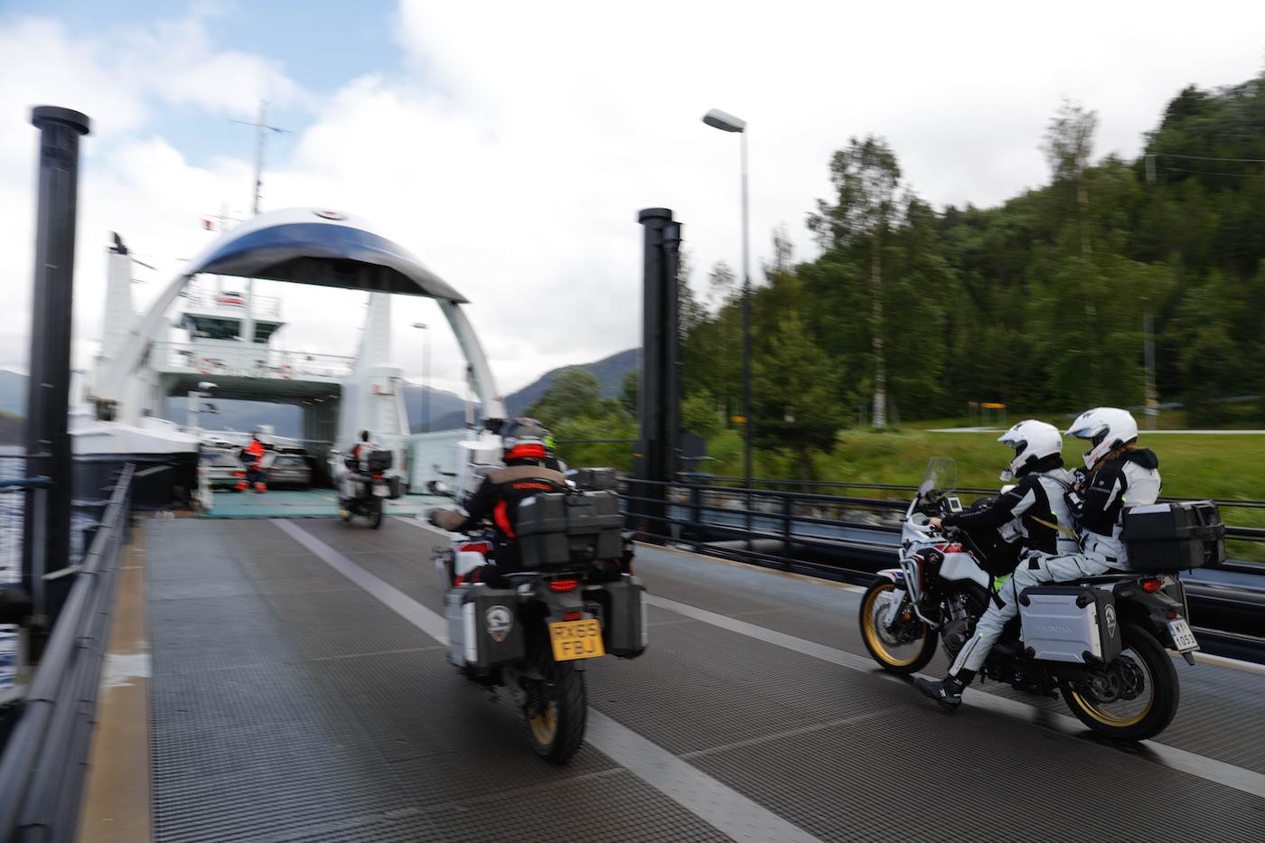 Un seul ferry, juste après Trondheim.