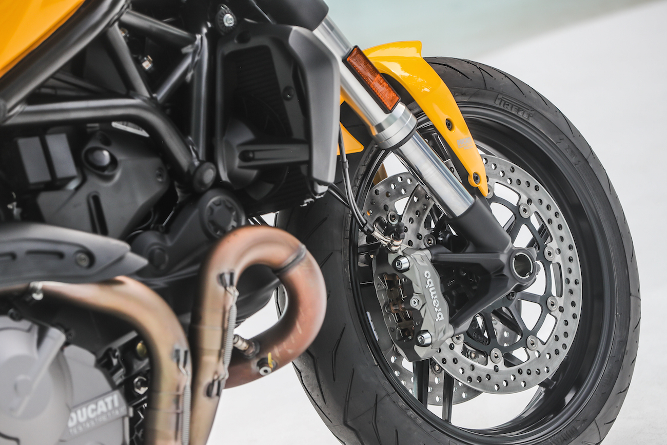 Ducati_Monster821_STATIC_smalldet43