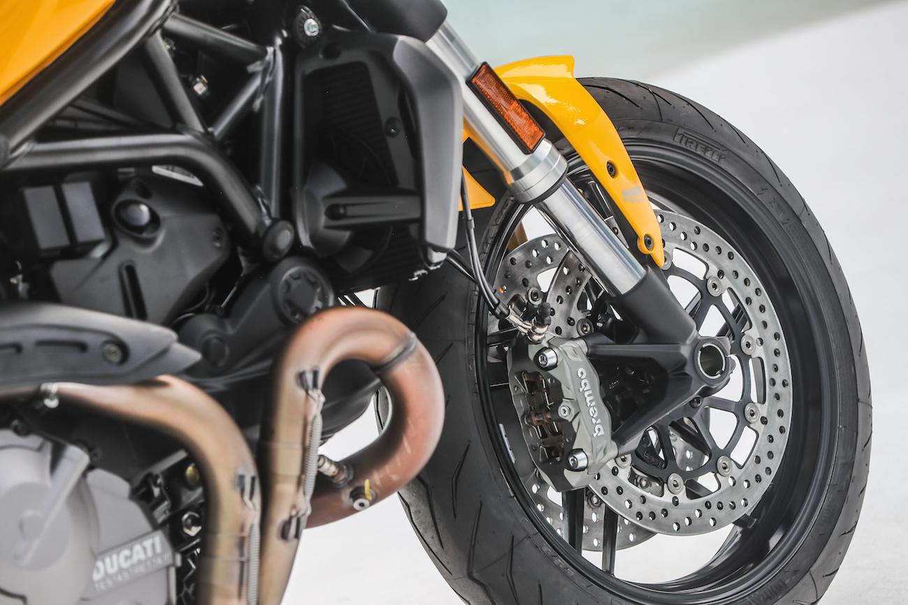 Ducati_Monster821_STATIC_smalldet43