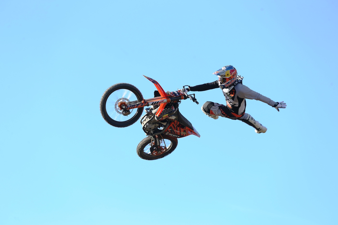 enfants qui feront la parade au Supercross