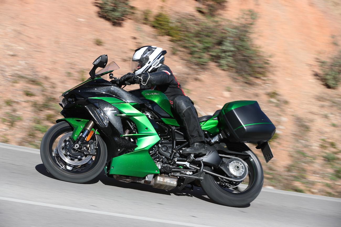 H2 SX, ou le voyage moto compressé