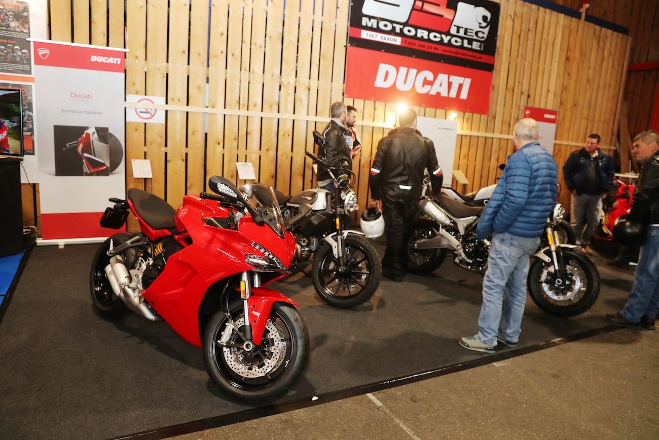 Expo-Moto_Martigny_018small_Ducati_RLAA1I2267