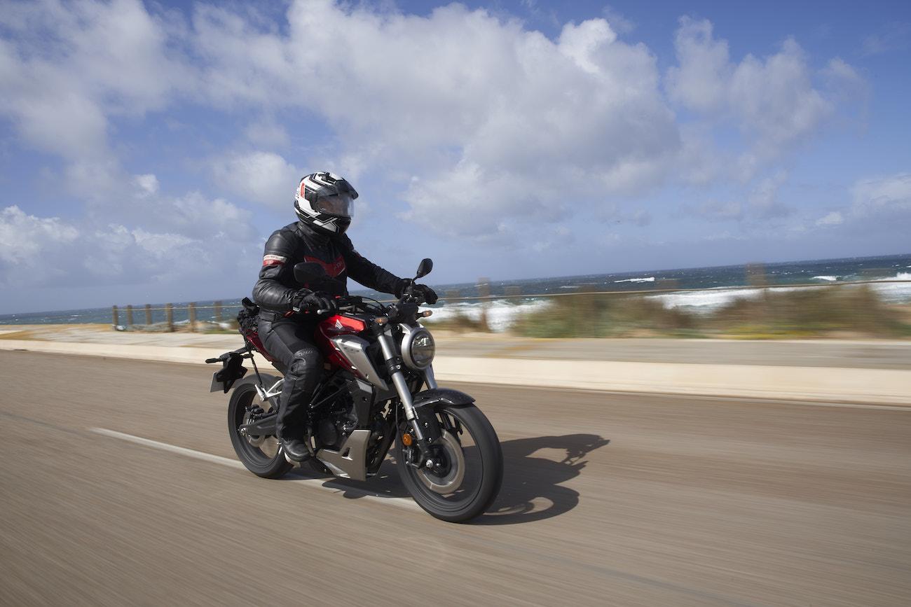 Honda_CB125Rsmall_dynatracking_3074