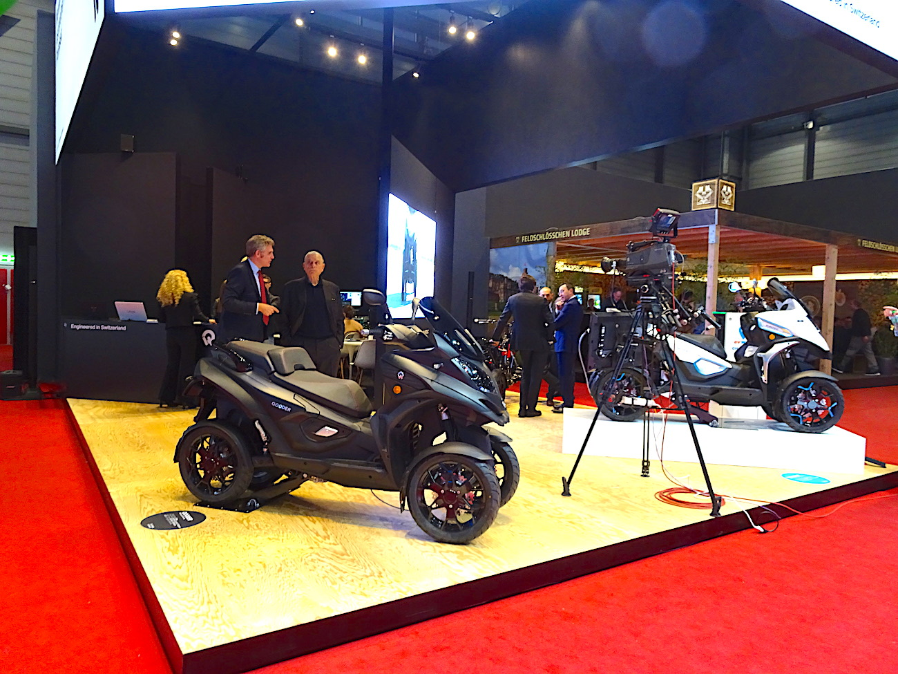Salon international de l'Auto, départ pour Quadro
