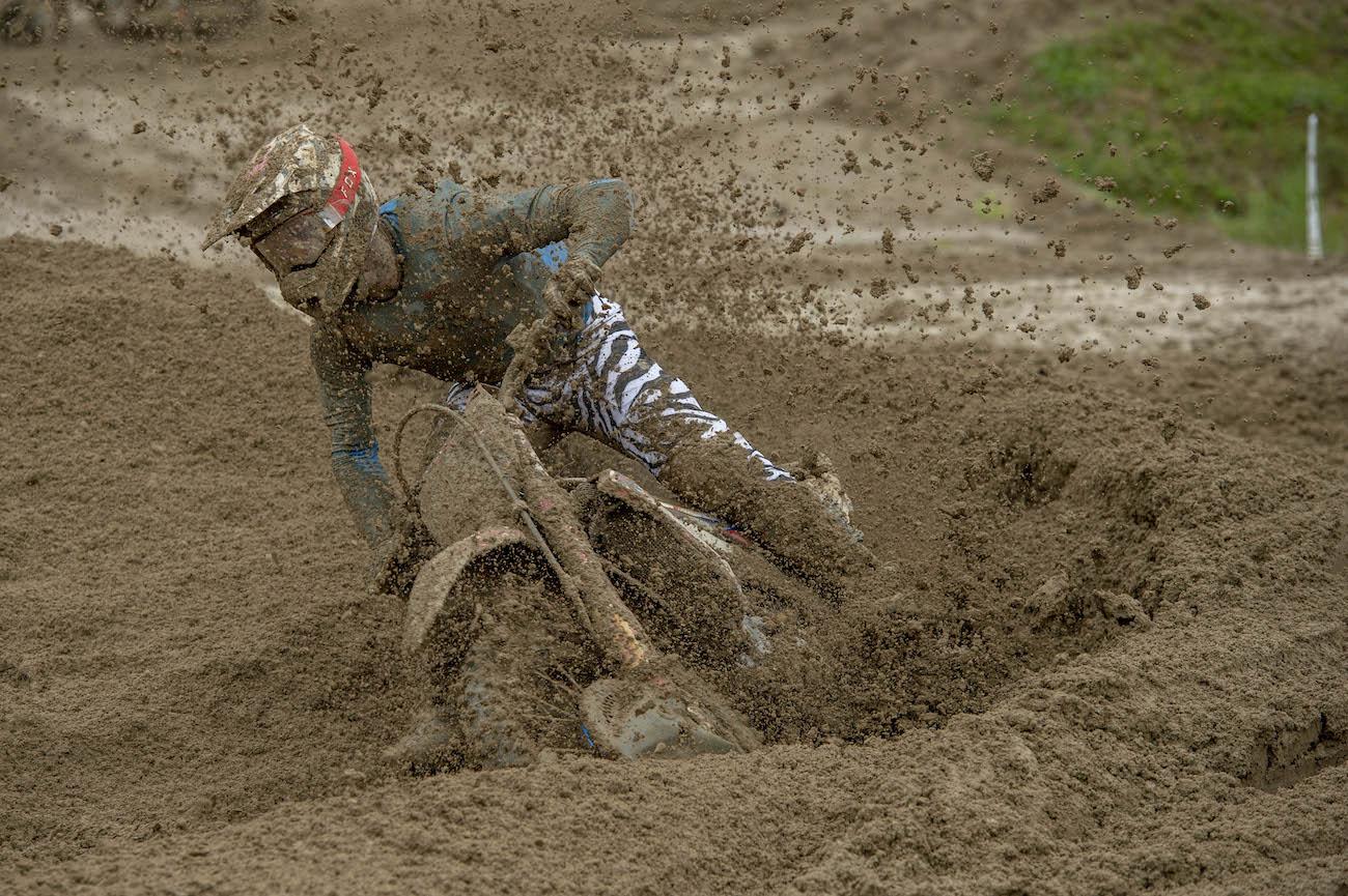 Cairoli a survolé la boue
