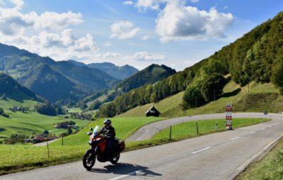 De Bienne à St-Blaise, via Delémont, le Passwang et la montagne de Granges :: Jura, Soleure