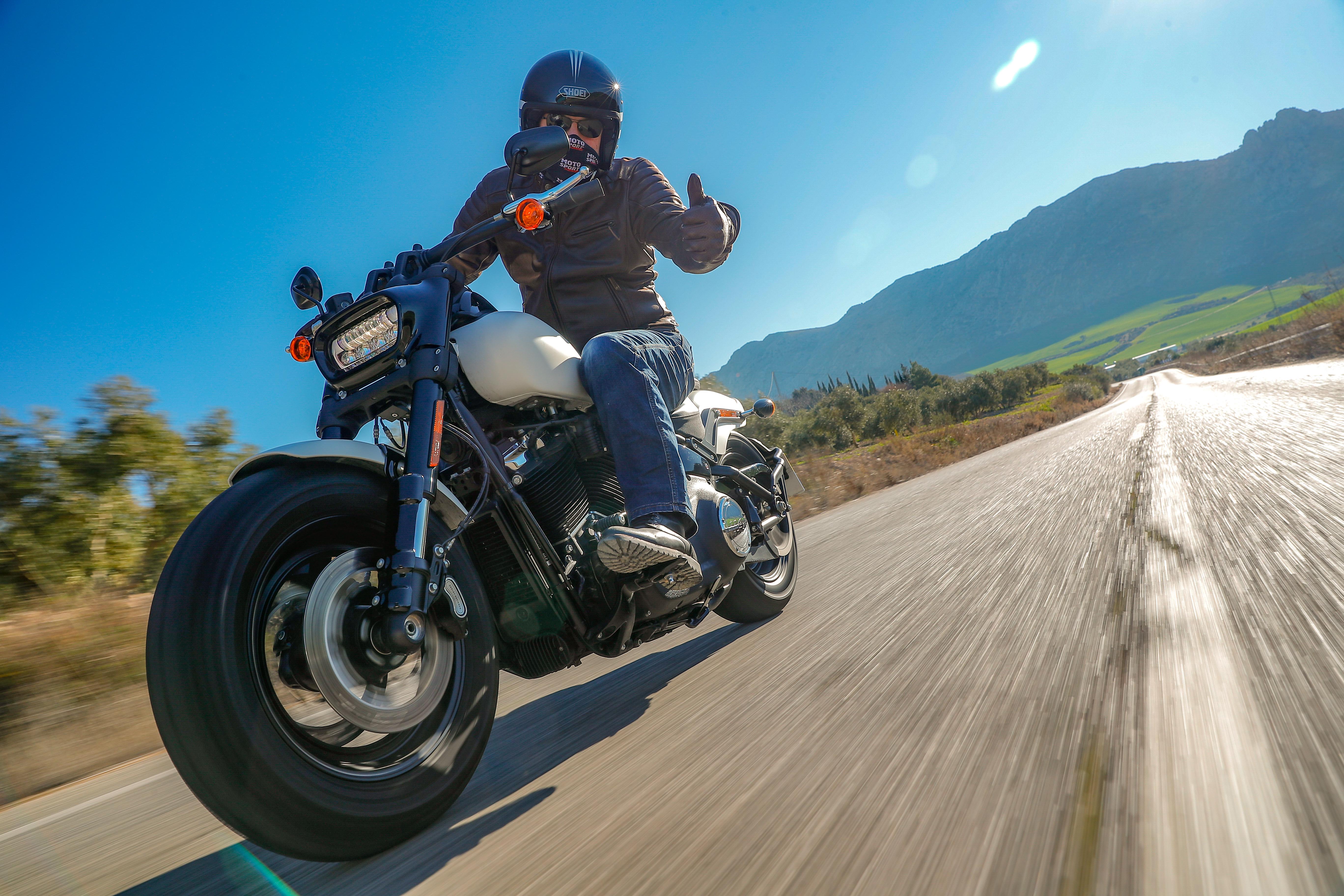 Harley Davidson Fat Bob gants blouson IXS 114 ActuMoto Mathias Deshusses
