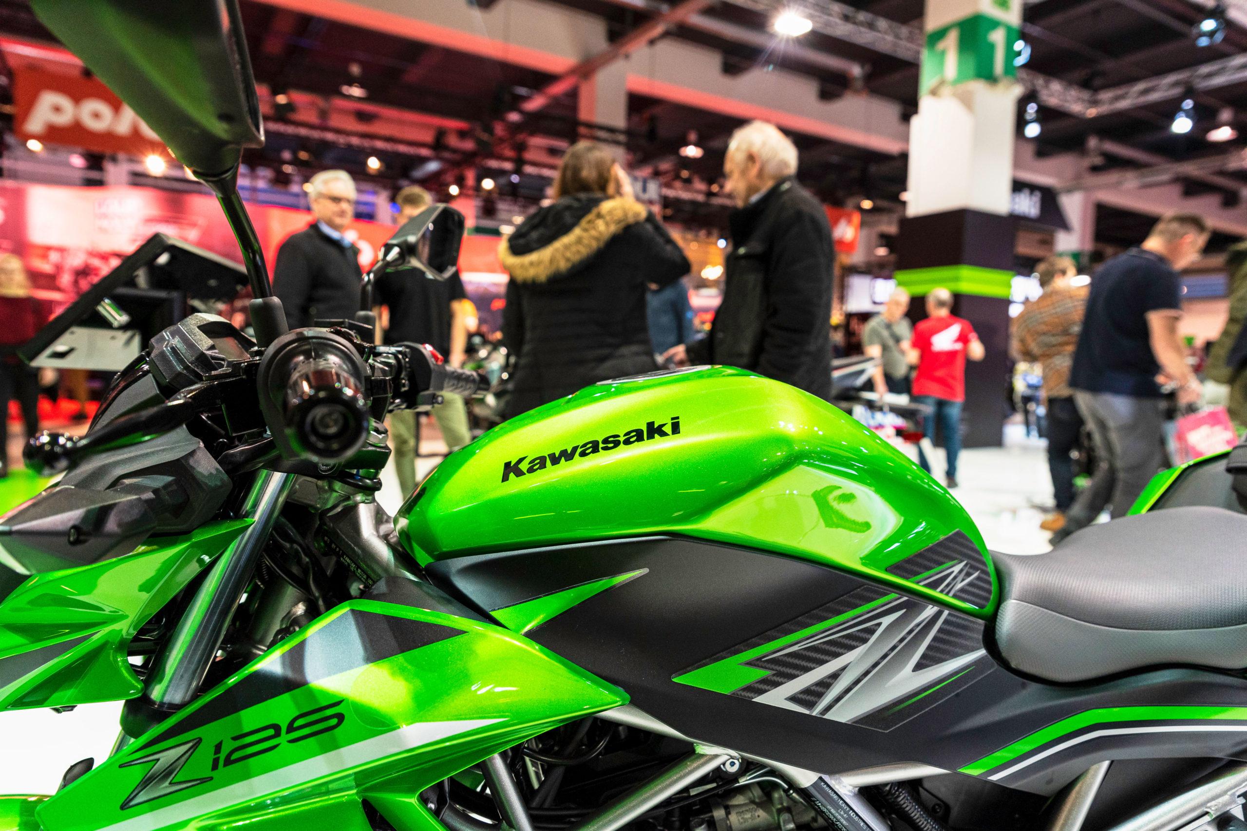 Salon moto 16