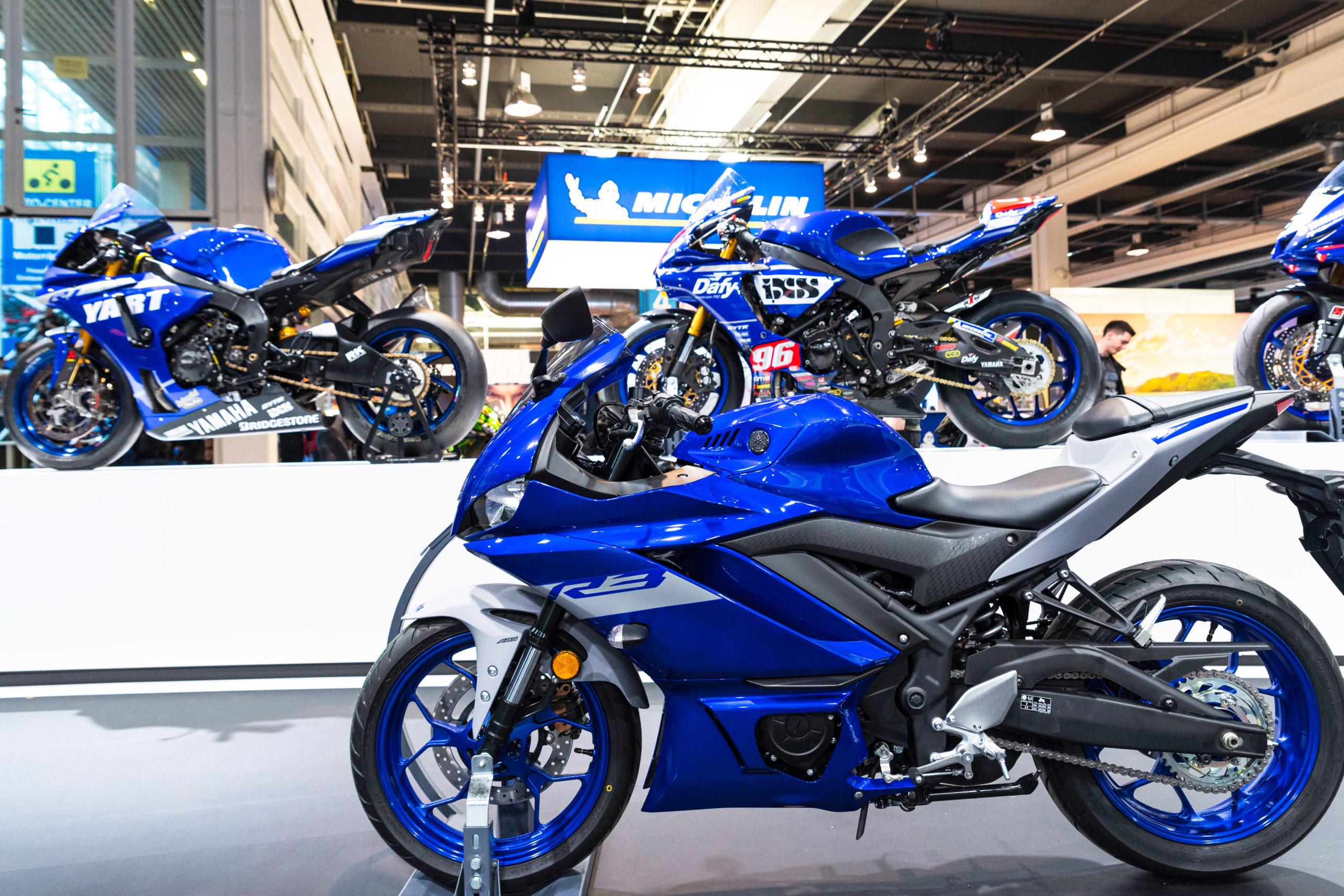 Salon moto 25