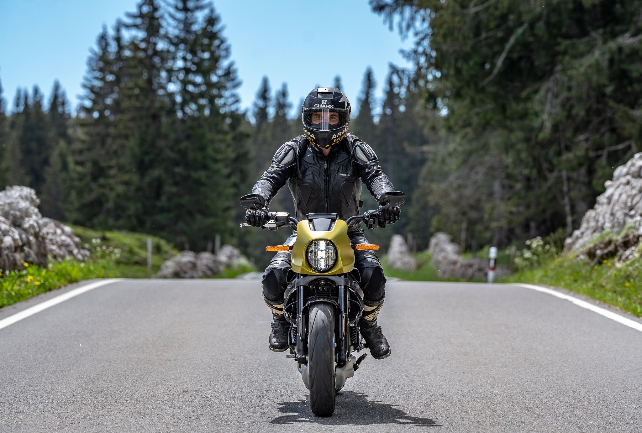 Essai Harley-Davidson Livewire en Suisse romande