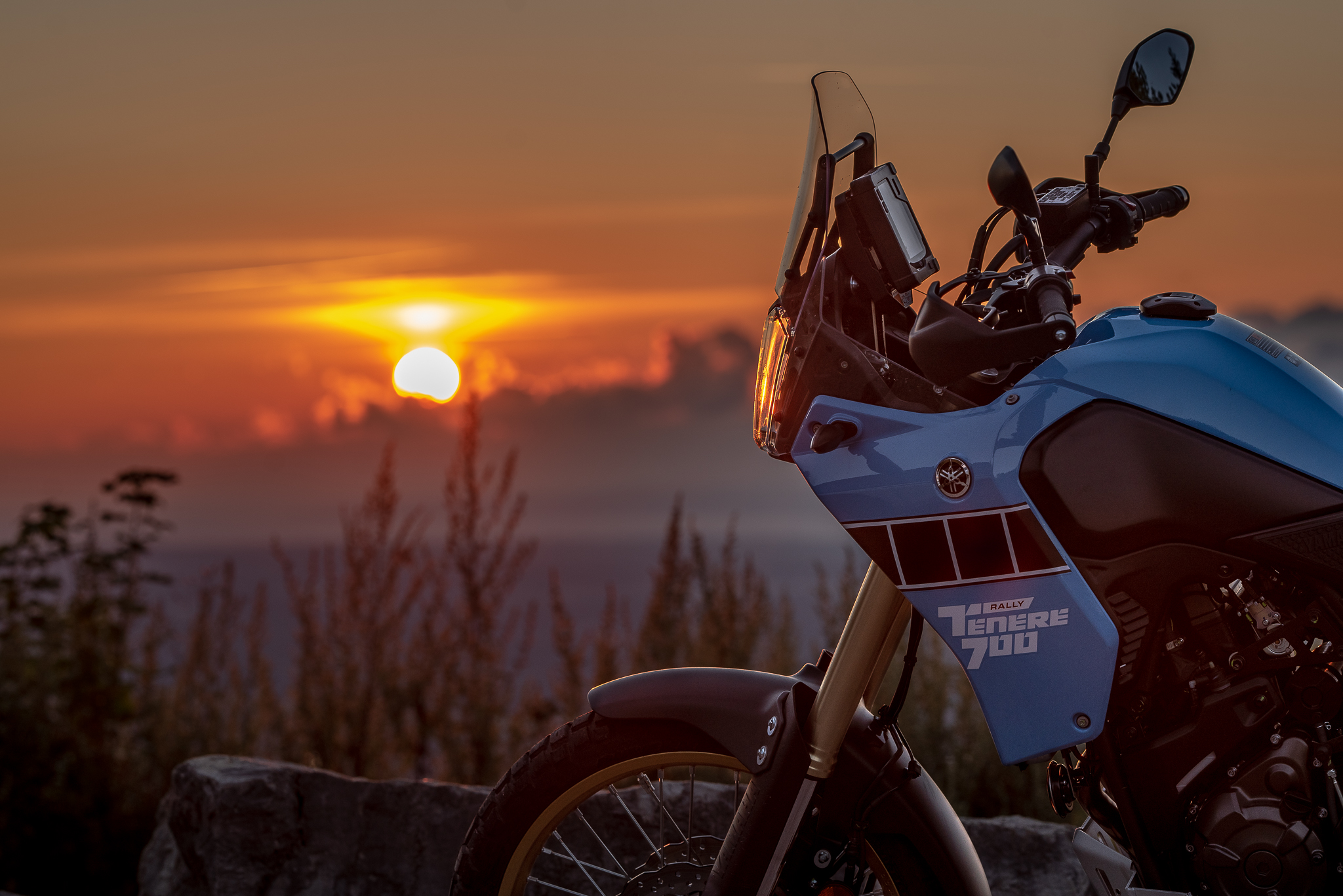 Yamaha Ténéré 700 Lever de soleil sunrise