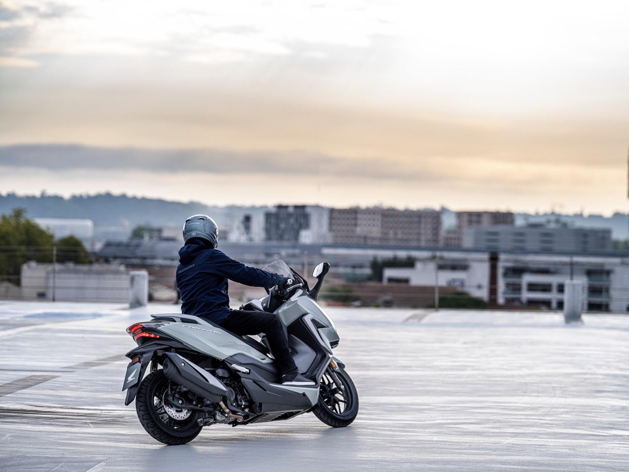 Honda Forza mid-size