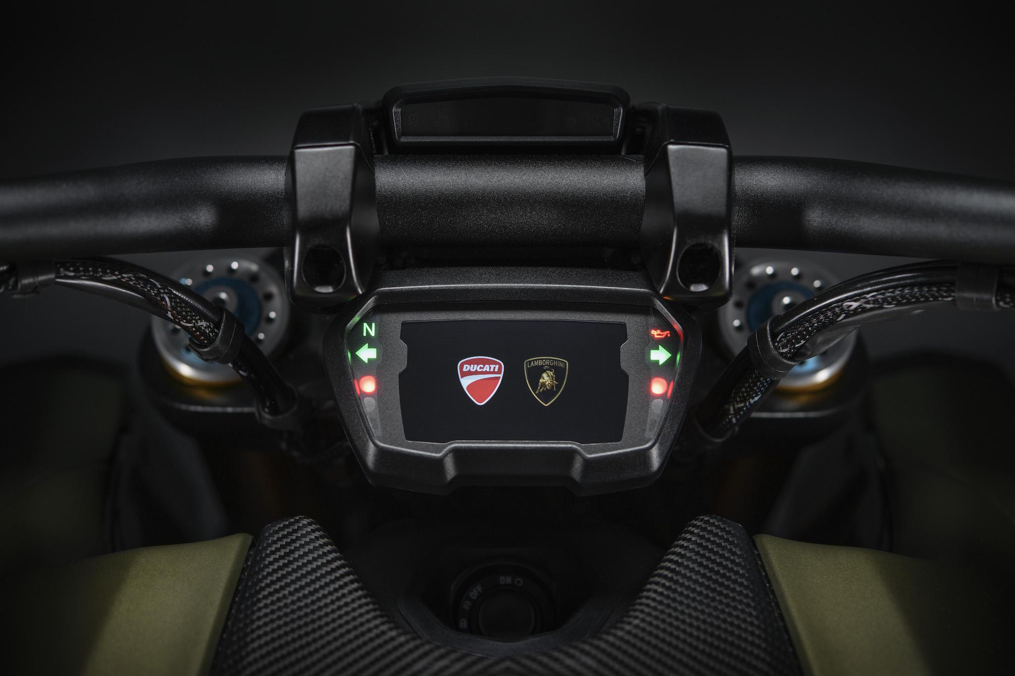 tableau de bord Lamborghini