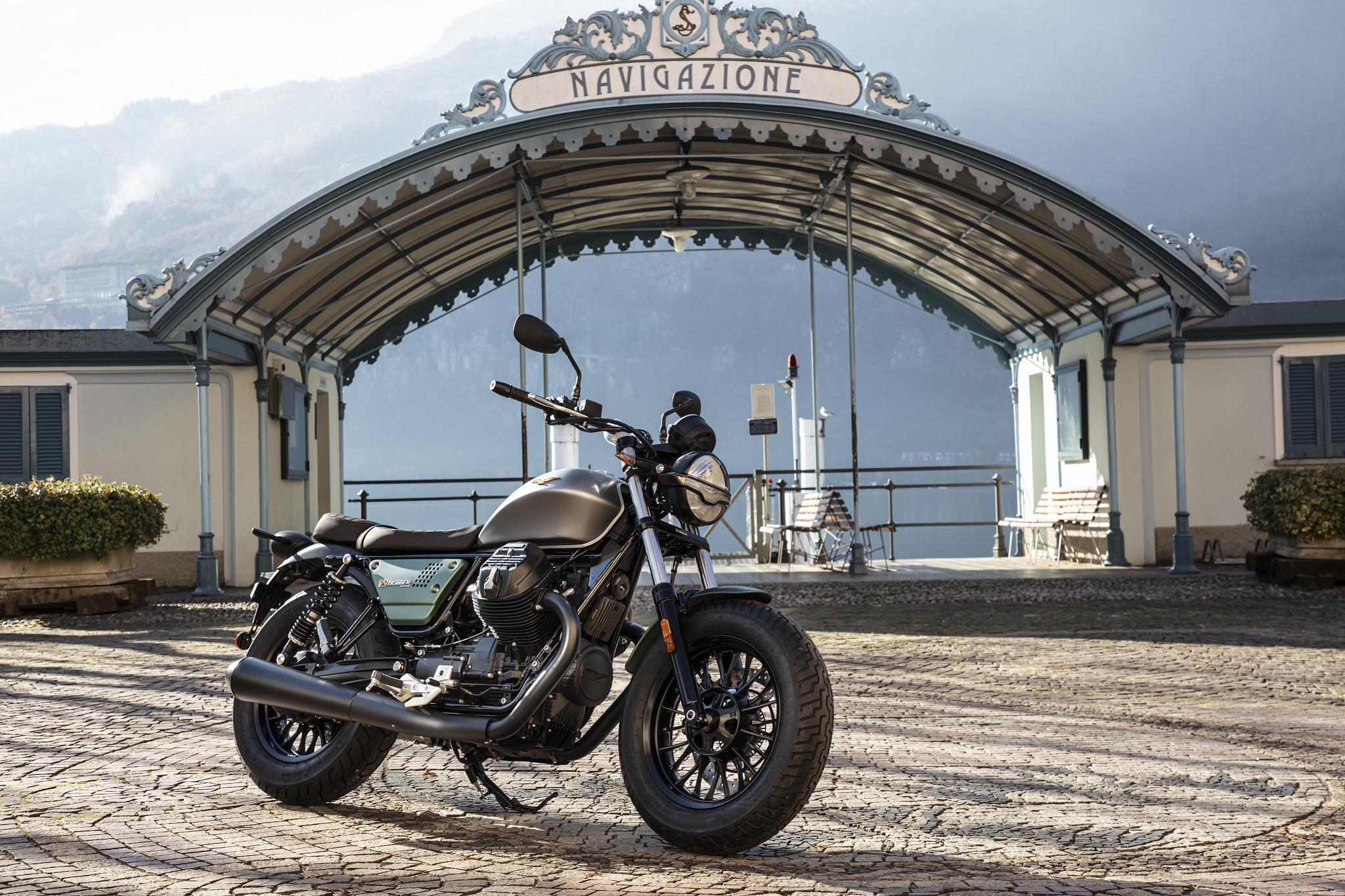 Moto Guzzi V9 Bobber Centenario