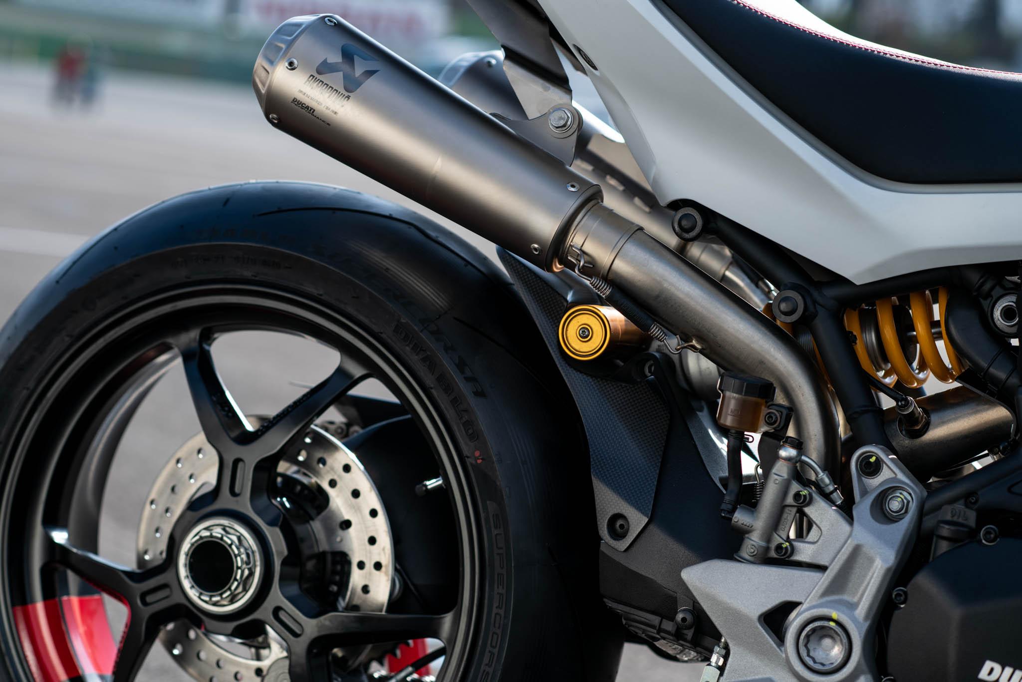 Ducati_SuperSport_950_2021_Performance-4