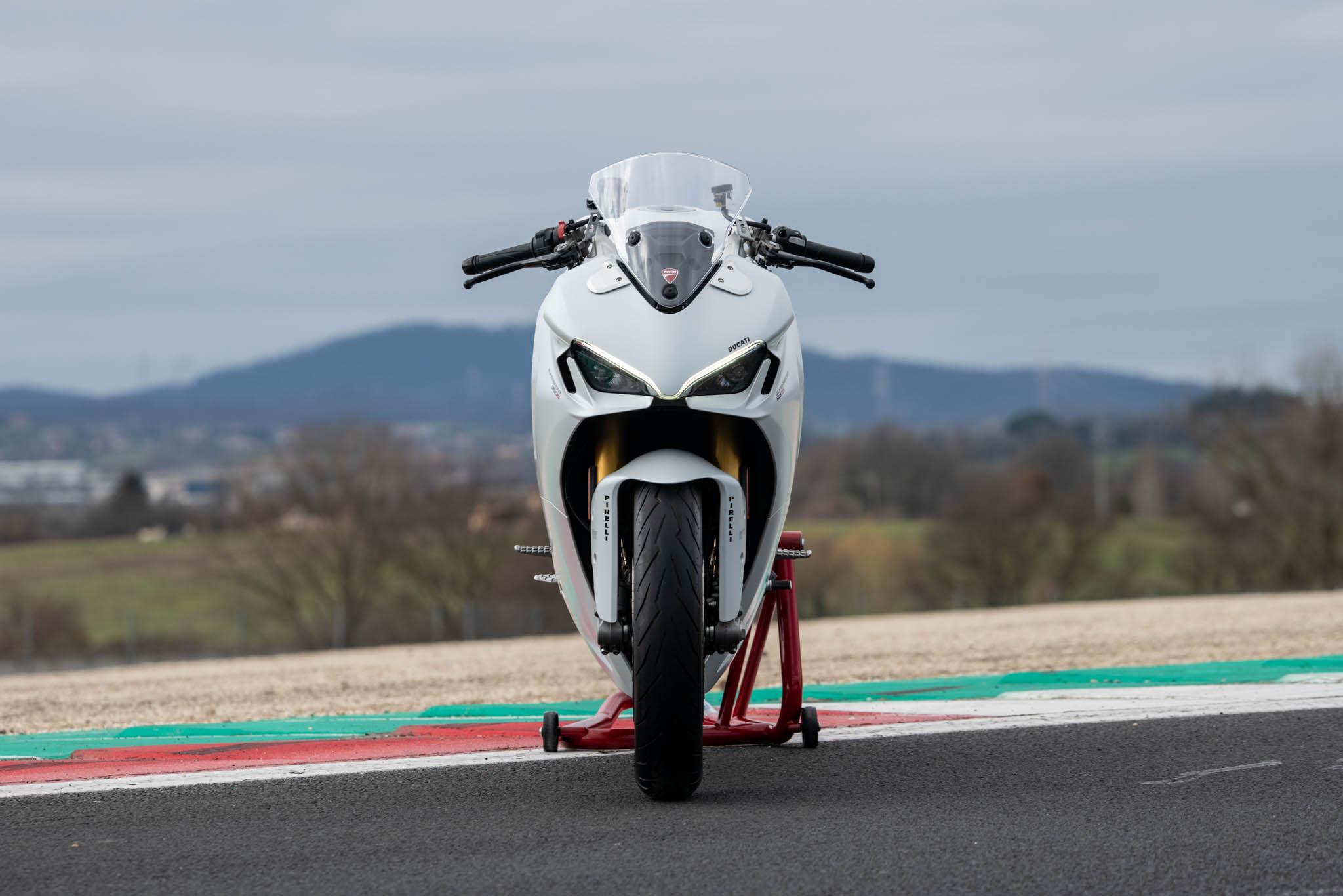 Ducati_SuperSport_950_2021_details-10