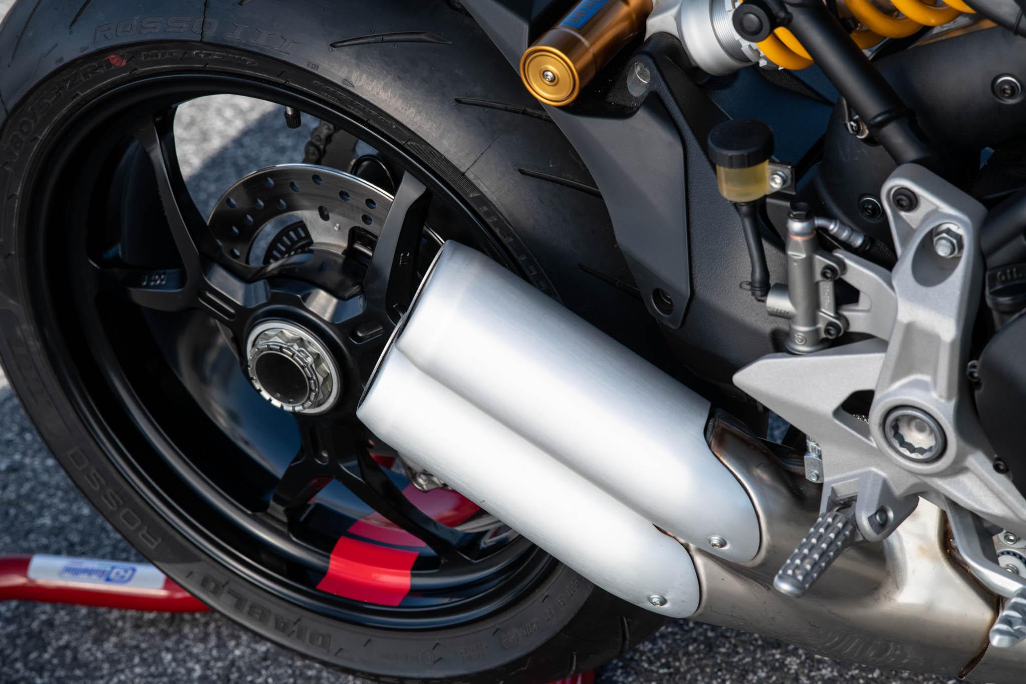 Ducati_SuperSport_950_2021_details-6