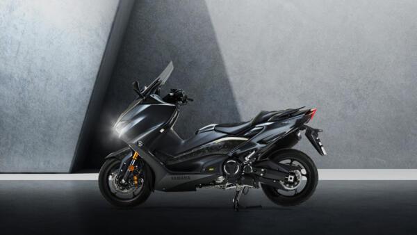 2021-Yamaha-XP500ADXSV-EU-Detail-003-03