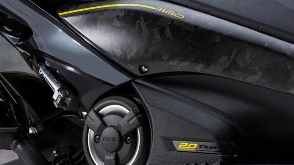 2021-Yamaha-XP500ADXSV-EU-Detail-004-03