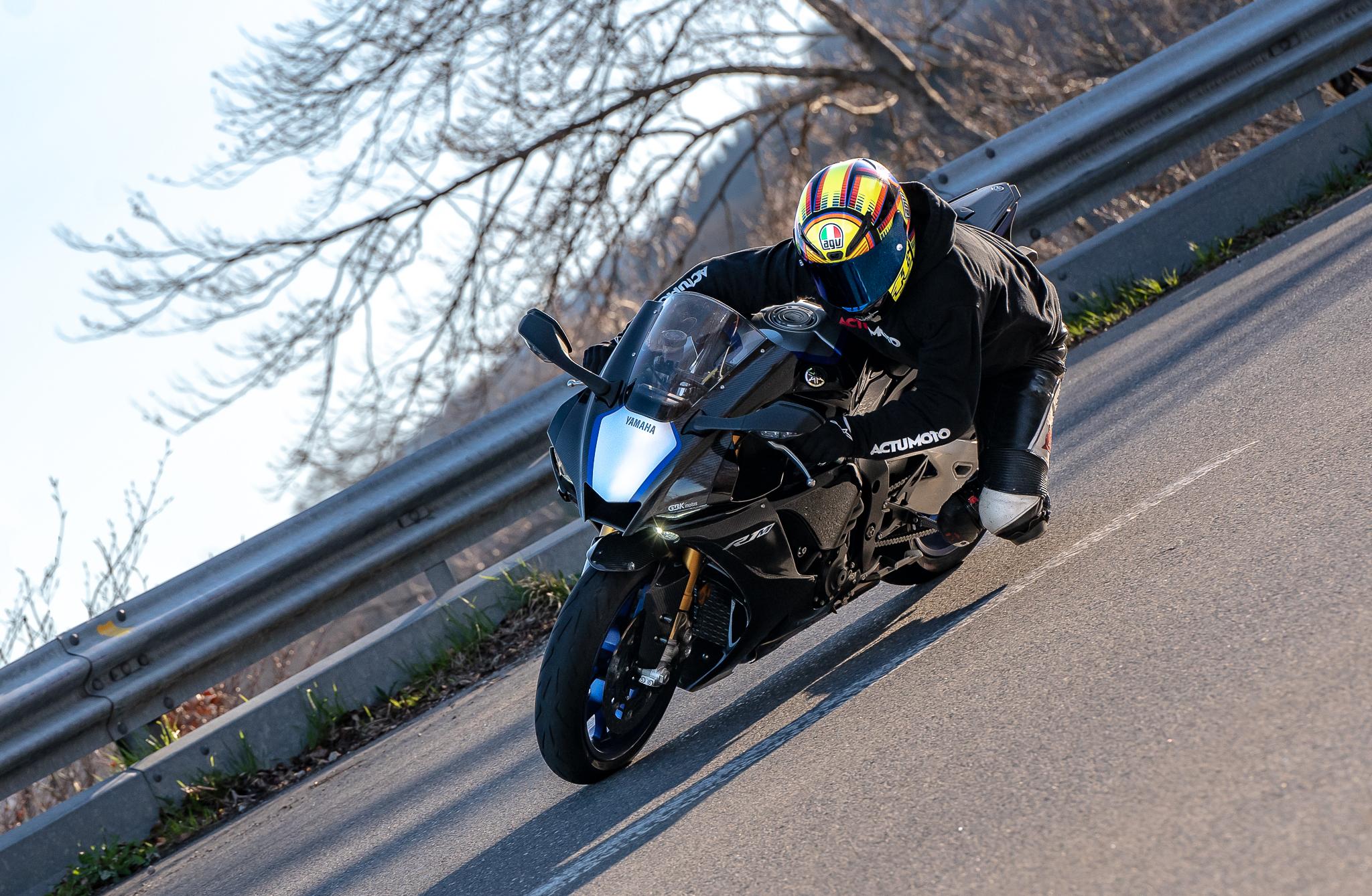 Test Yamaha R1M ActuMoto © Mathias Deshusses-10