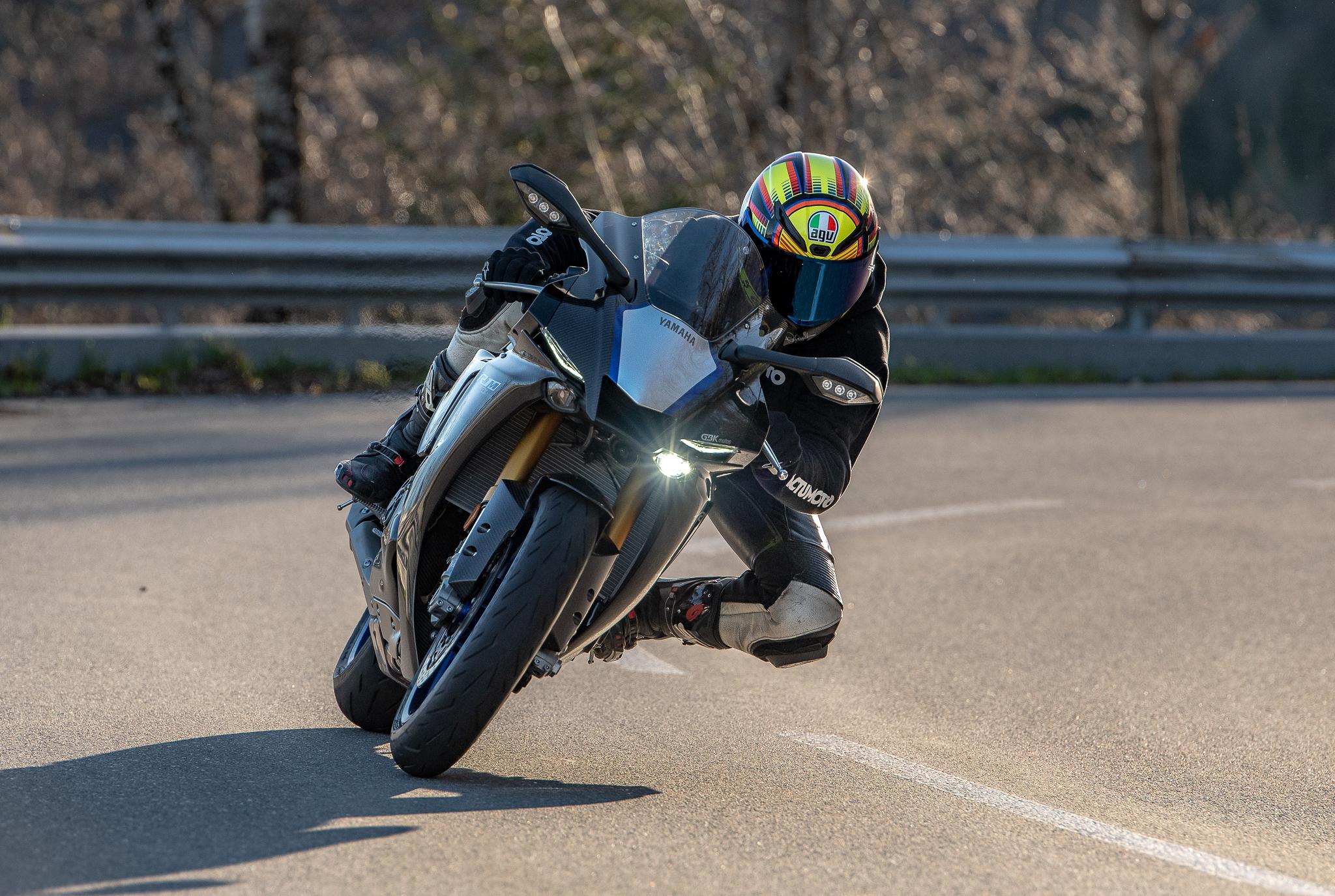 Test Yamaha R1M ActuMoto © Mathias Deshusses-19
