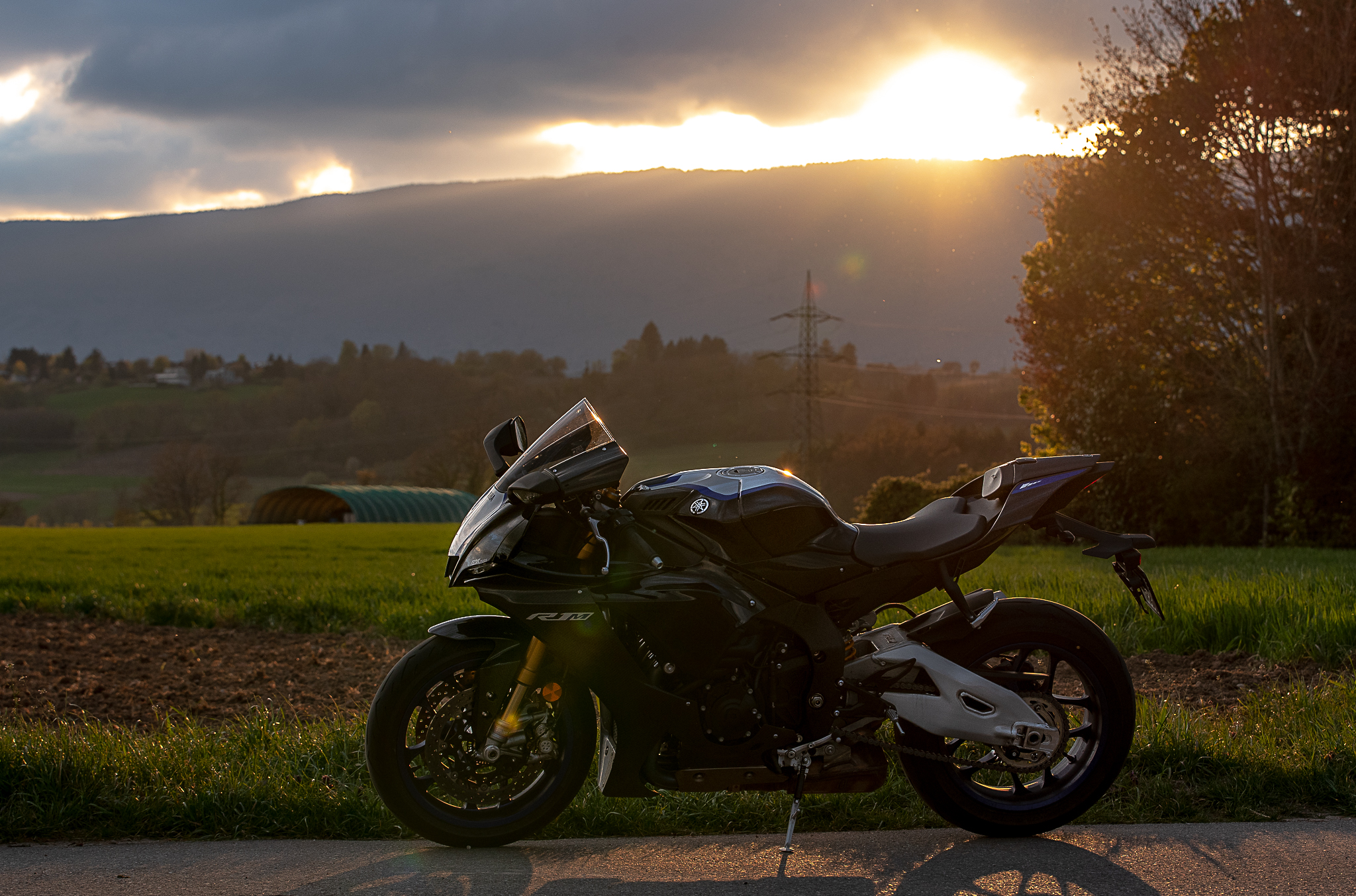 Test Yamaha R1M ActuMoto © Mathias Deshusses-8