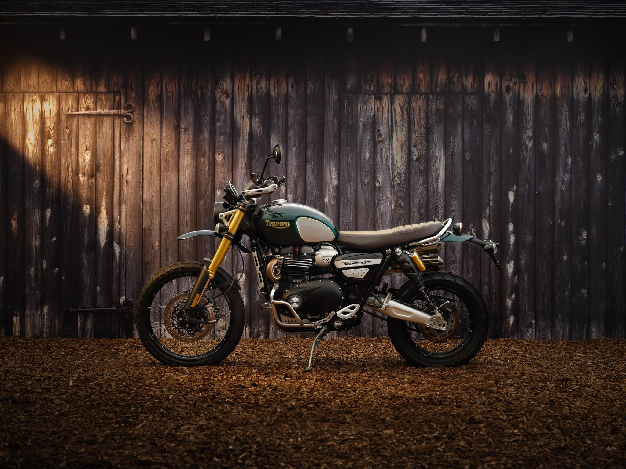 Triumph_Scrambler_1200_Steve_McQueen_2021-2