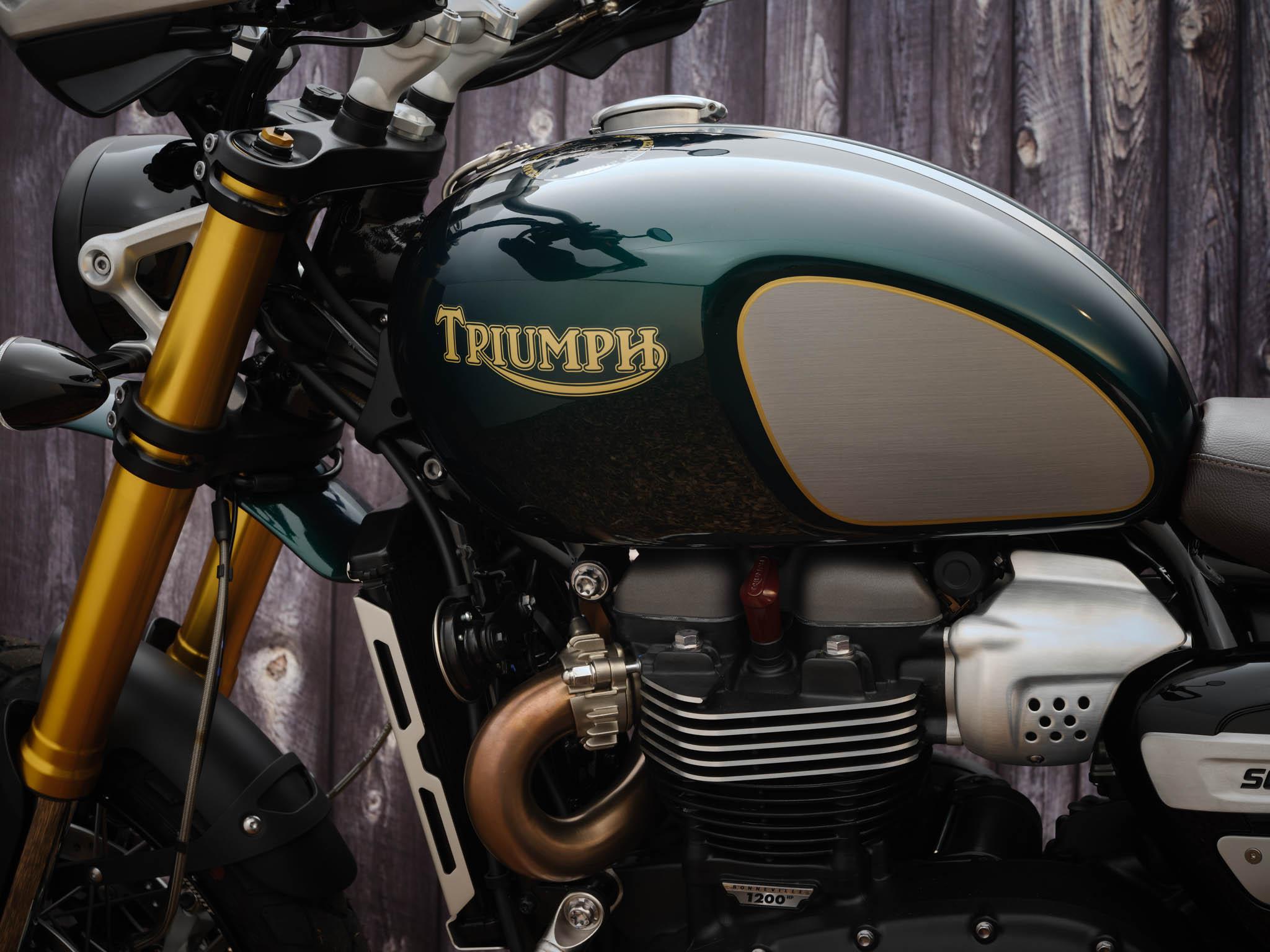 Triumph_Scrambler_1200_Steve_McQueen_Details_2021-2