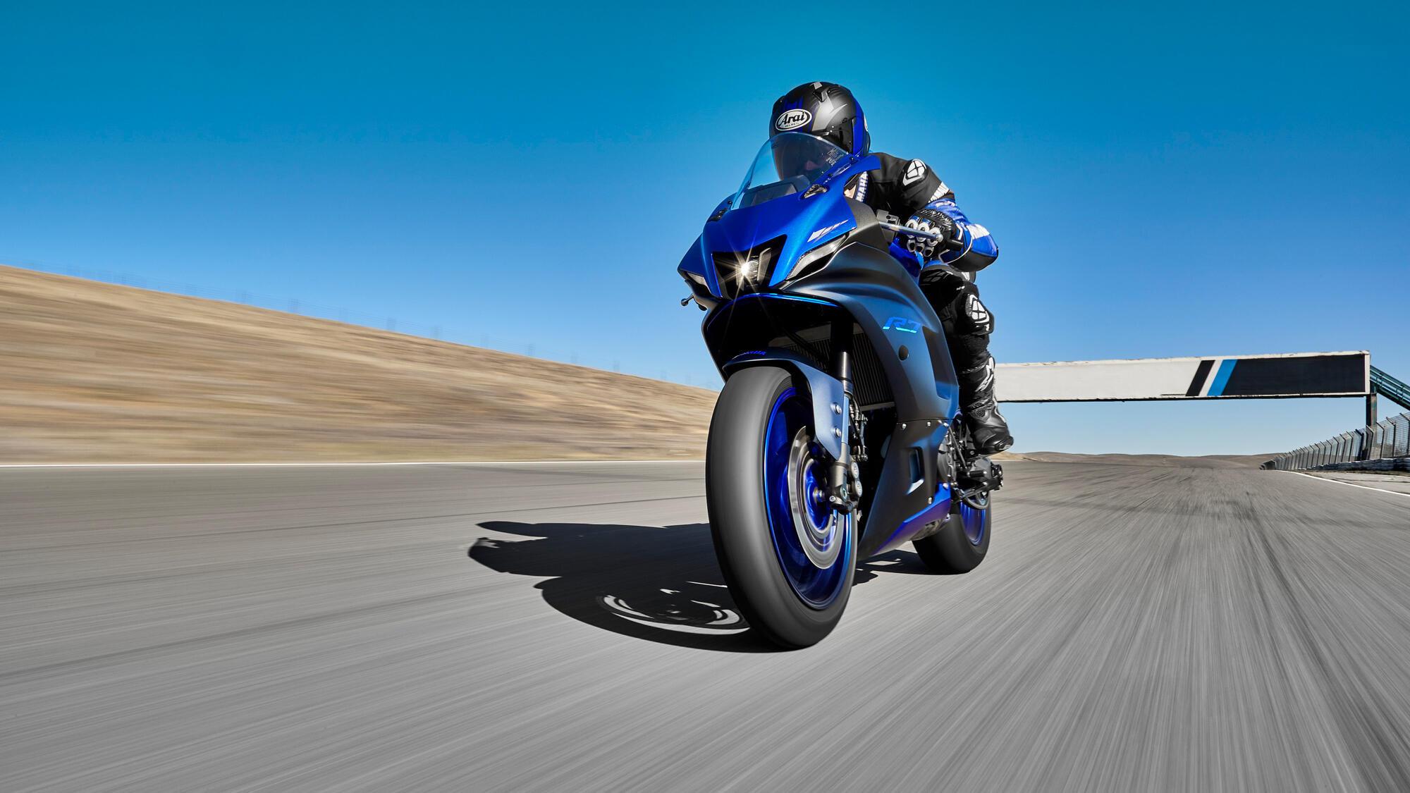Yamaha R7-G