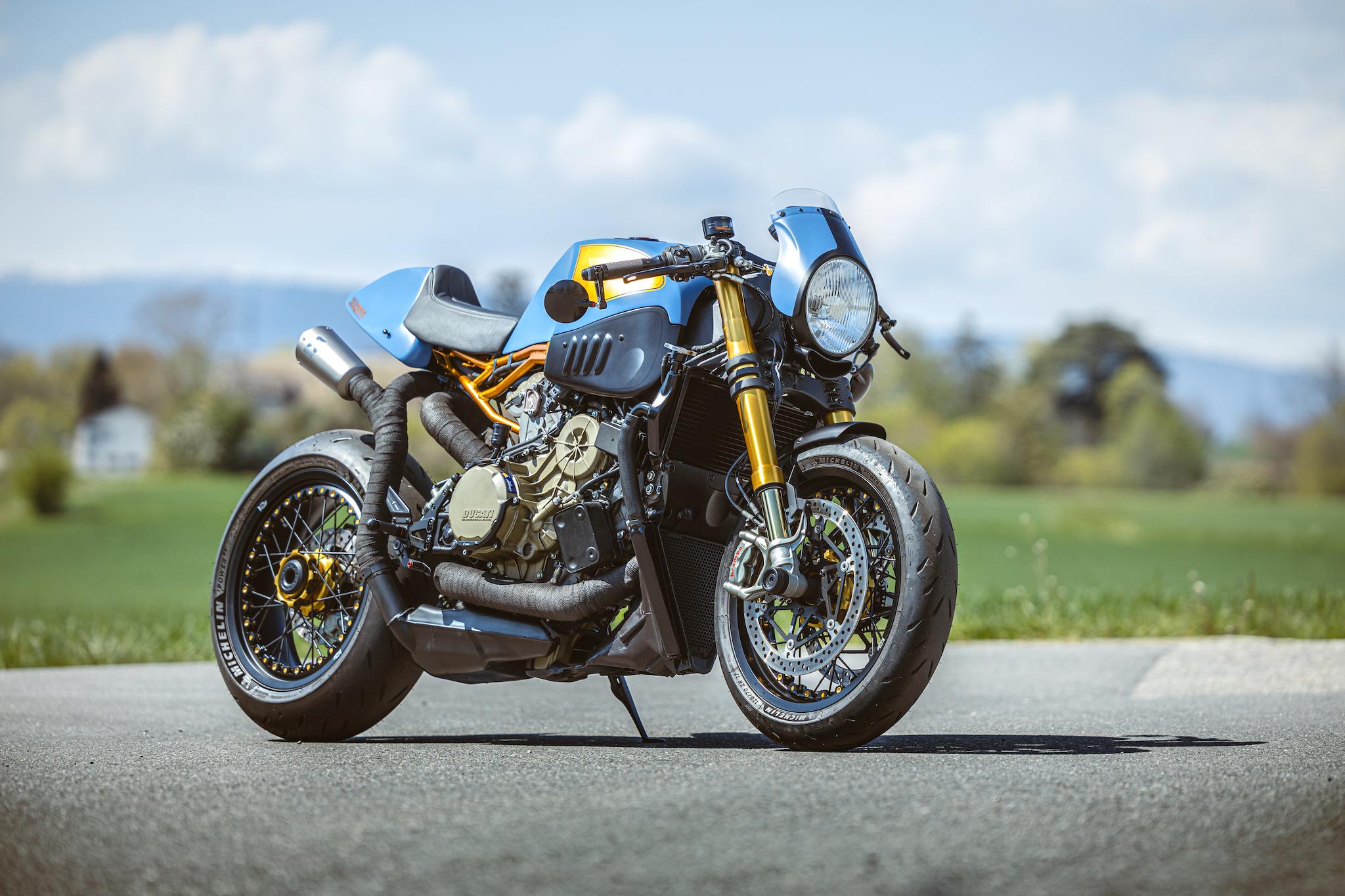Ducati_Panigale_naked_dream-motos_Madpik-small1